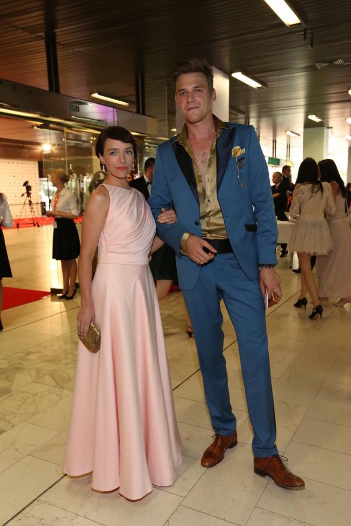 Táňa Vilhelmová a Vojta Dyk jako dokonalý pár.
