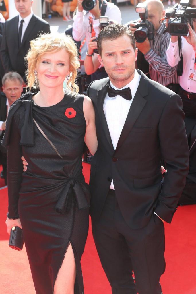Herec Jamie Dornan a česká herečka Aňa Geislerová. Oba uvedou ve světové premiéře film Anthropoid.