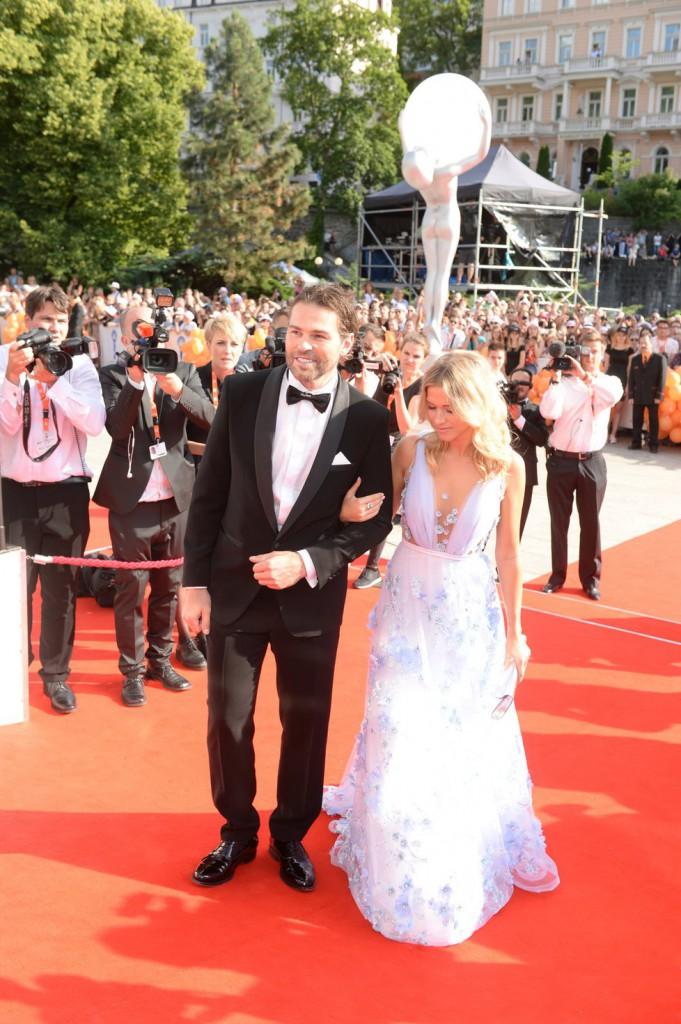 Hokejista Jaromír Jágr se svou přítelkyní Veronikou Kopřivovou.